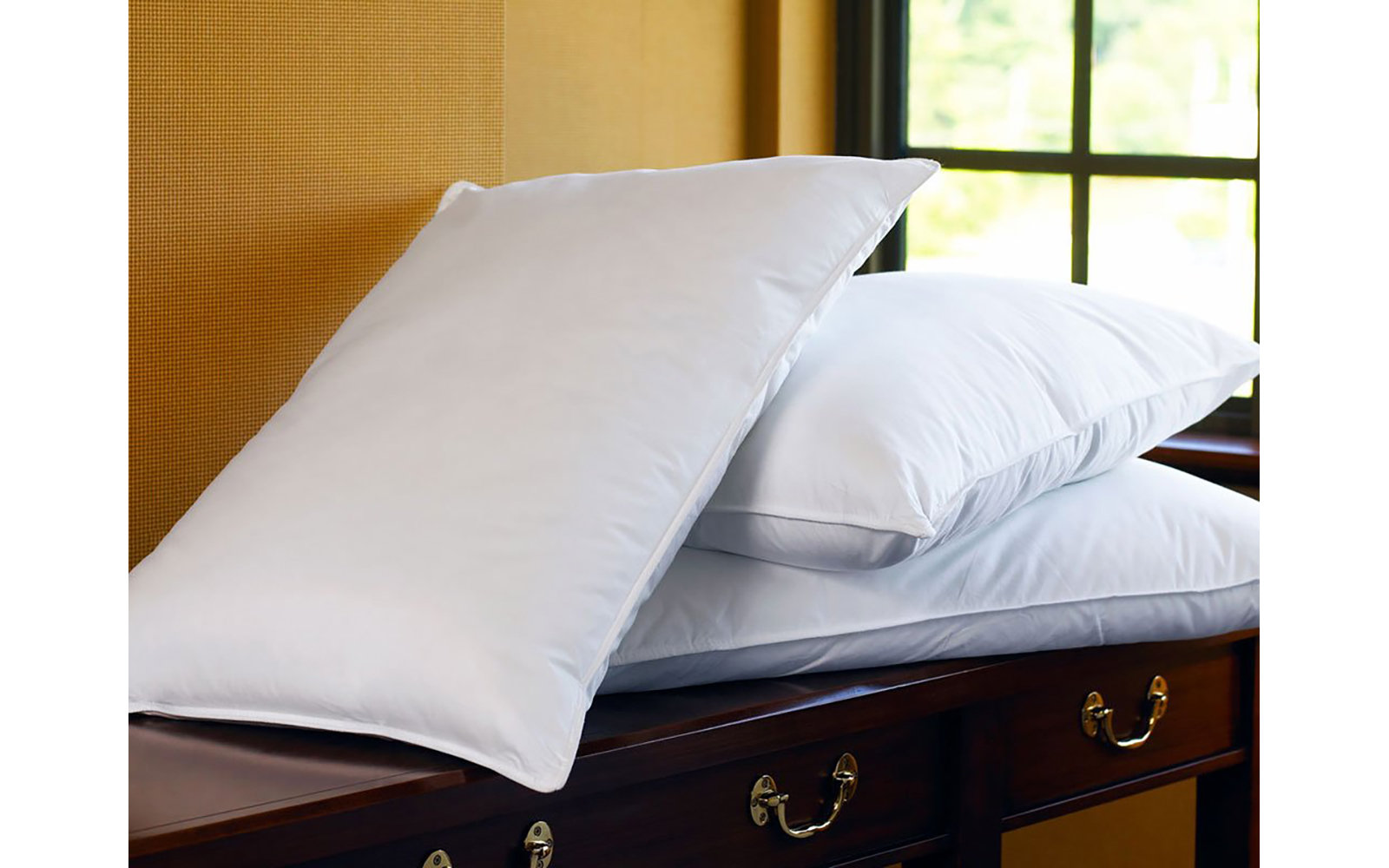Sheraton Hotel Pillowcases and Pillows